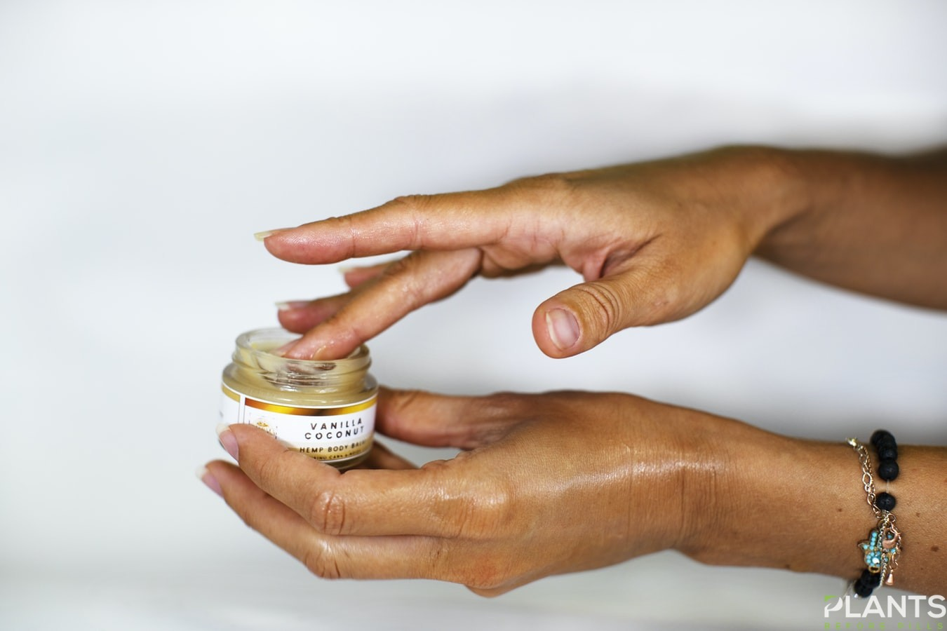 CBD in Skin Care - Is it worth it?